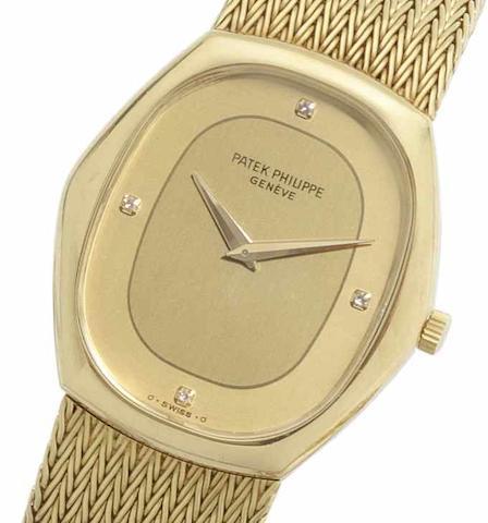Patek Philippe. An 18ct gold manual wind bracelet watch Case No.547342, Movement No.1331839, Circa 1970