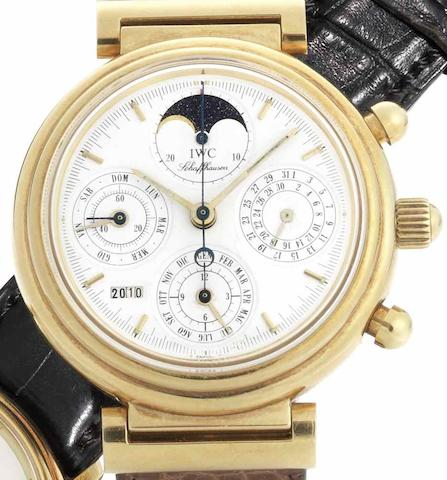 IWC. An 18ct gold automatic chronograph perpetual calendar wristwatchDa Vinci, Case No.2518559, Movement No.2411995, Circa 1990