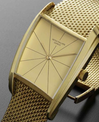 Patek Philippe. A fine and rare 18ct gold manual wind bracelet watch together with an Extract from ArchivesRef:3424/3, Case No.2622935, Movement No.858115, Sold 23rd January 1967