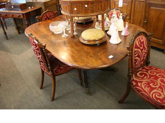 A Regency mahogany tilt-top breakfast table