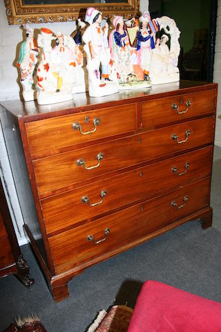An early 19th century mahogany chest of drawers