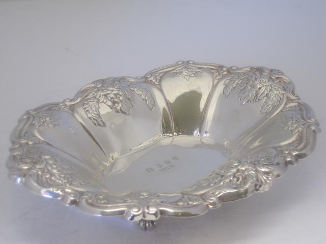 A silver sweetmeat dish Maker's mark J.M.Co., Dublin 1973, with additional mark commemorating Ireland's entry into the European Community