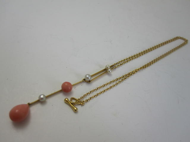 An Edwardian coral and pearl pendant necklace