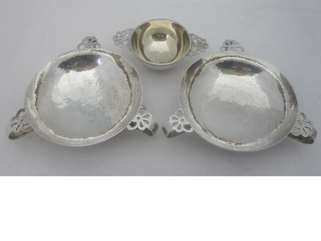 A pair of silver quaichs By Charles Edwards, London 1904 & 1905  (3)