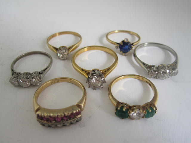 A collection of rings (7)