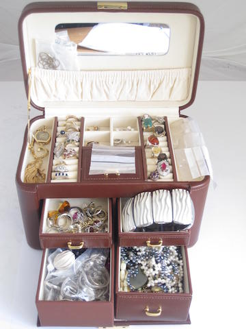 A jewellery box and its contents