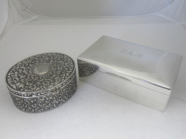A silver mounted table cigarette box By Mappin & Webb, Sheffield 1921  (2)