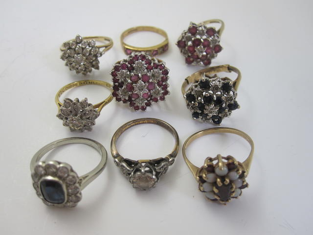 A collection of rings (9)