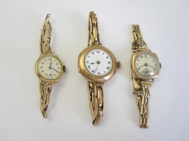 A lady's 9ct gold wristwatch, (3)
