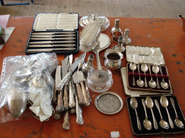 "Geo IV and later ""kings"", ""hourglass"" flatware, etc"