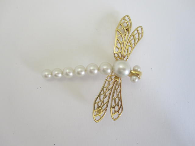 A cultured pearl dragonfly brooch/pendant, by Kailis