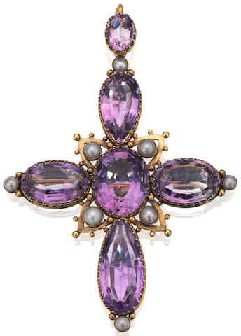 A Victorian amethyst and pearl cross brooch/pendant