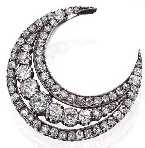 A late 19th century diamond crescent brooch