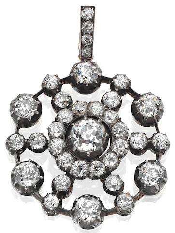 A diamond brooch/pendant,
