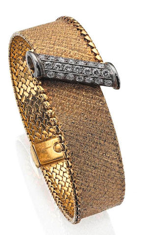 An 18ct gold and diamond bracelet,