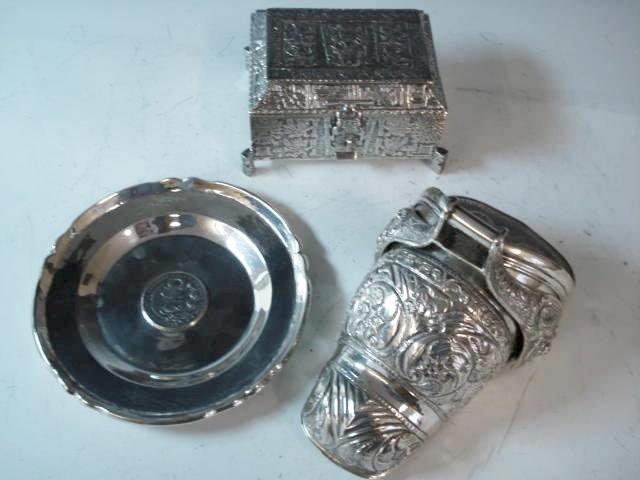 A Peruvian silver rectangular casket stamped 925, PERU  (3)