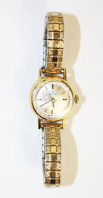Rolex: A lady's wristwatch(2)
