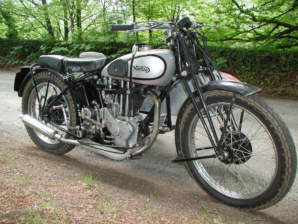 1939 Norton 500cc ES2 and trials sidecar Frame no. 108360 Engine no. 74087