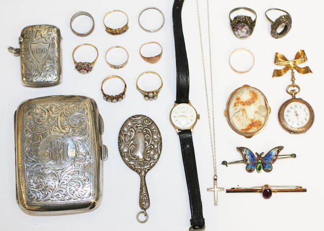 A collection of jewellery and silver items, (quantity)