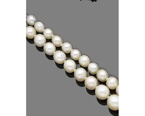 A double strand pearl and cultured pearl necklace,