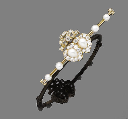 A cultured pearl and diamond bangle