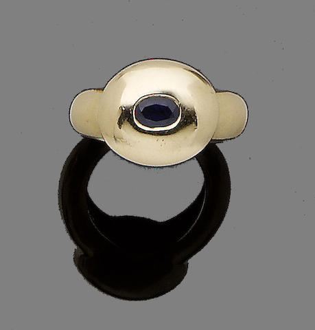 A sapphire ring, by Fred