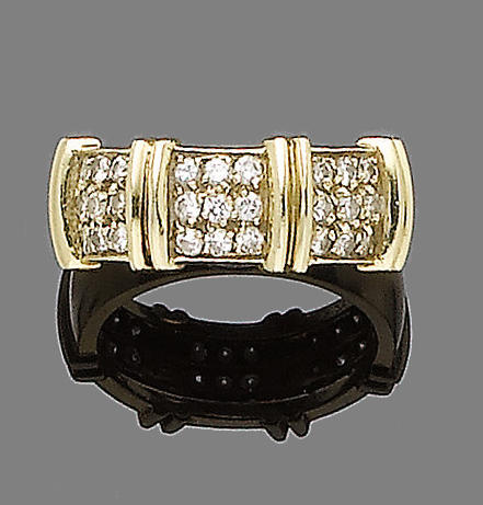 A diamond dress ring, by Fred