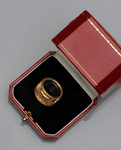 Cartier: A Panthère ring