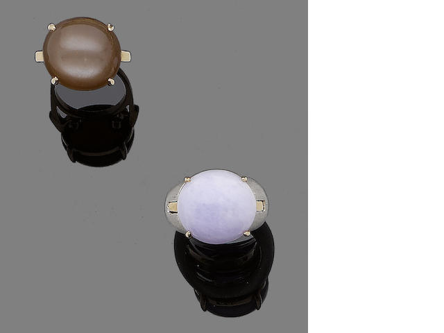 A lavender jade ring and a moonstone ring (2)