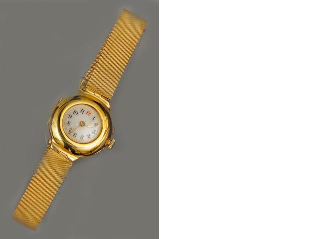 An Edwardian 18ct gold lady's wristwatch
