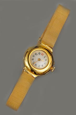 An Edwardian 18ct gold lady's wristwatch