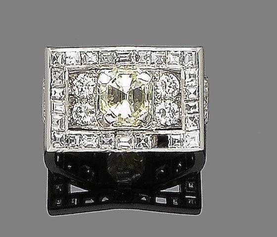 A diamond and fancy-coloured diamond dress ring,