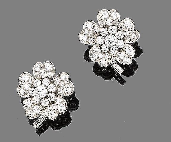 A pair of diamond flower earstuds