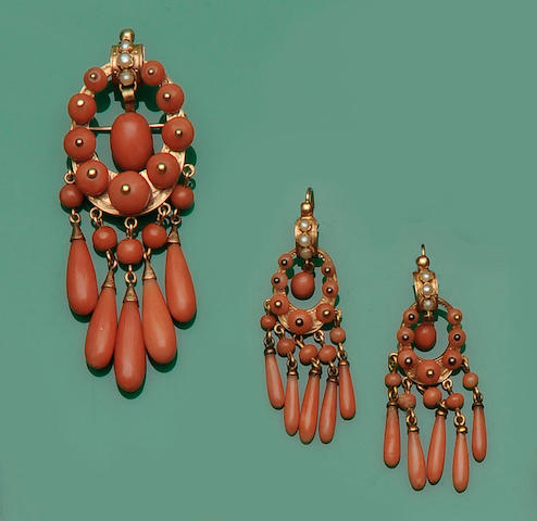 A Victorian coral pendant/brooch and earpendants ensuite (4)