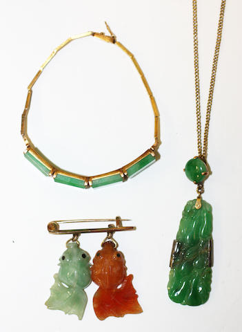 A small collection of jade jewellery, (3)