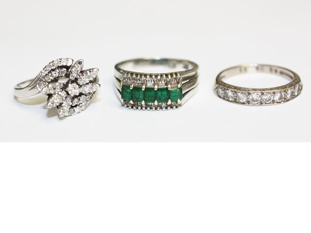 A diamond cluster ring, (3)