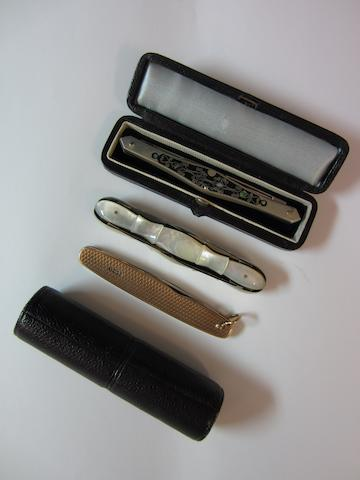 A Victorian novelty penknife by Rogers, Sheffield, circa 1905  (3)