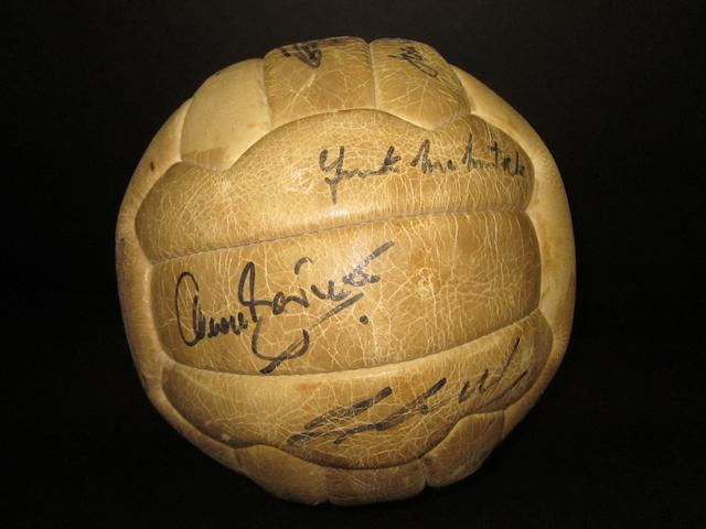 1971 Arsenal Double winning team hand signed football