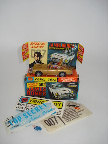 Corgi 261 James Bond Aston Martin DB5