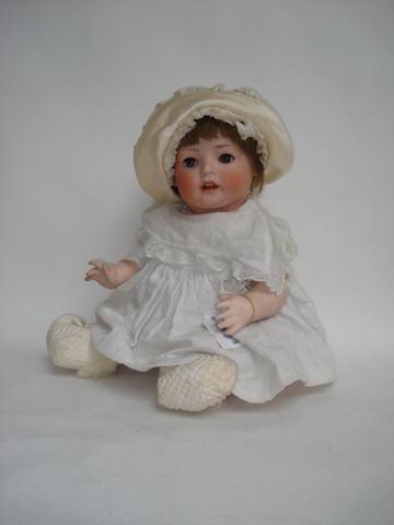 Schoenau & Hoffmeister 'Hanna' bisque head baby