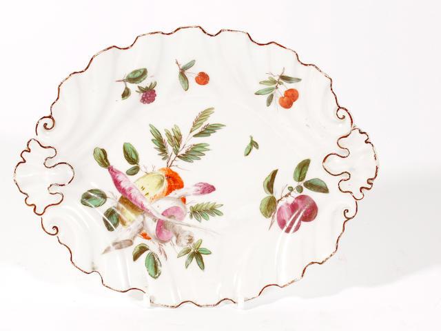A Chelsea dish, circa 1758-60