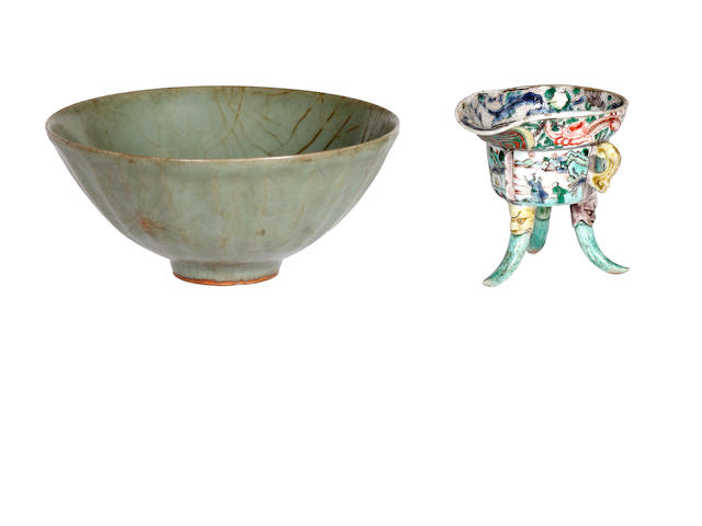 A Chinese famille verte Jue and a celadon glazed bowl