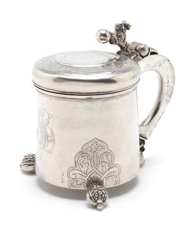 A 19th century Danish silver tankard Maker's marks 'PH' in an oval punch