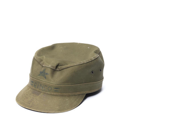 Ringo Starr: a military-style cap,