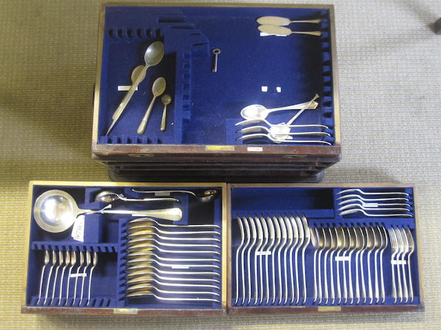 A cased canteen By Martin Hall and Co., Sheffield 1918