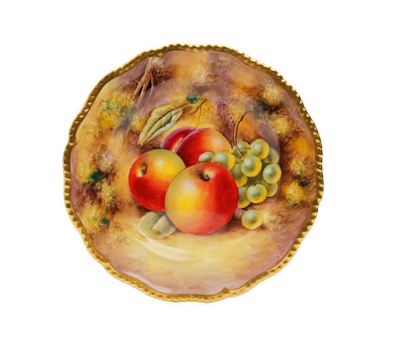 A Royal Worcester fruit painted plate, painted by John Smith Post War