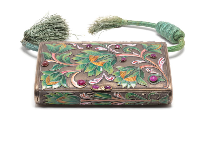 Vari-coloured enamel cigarette case