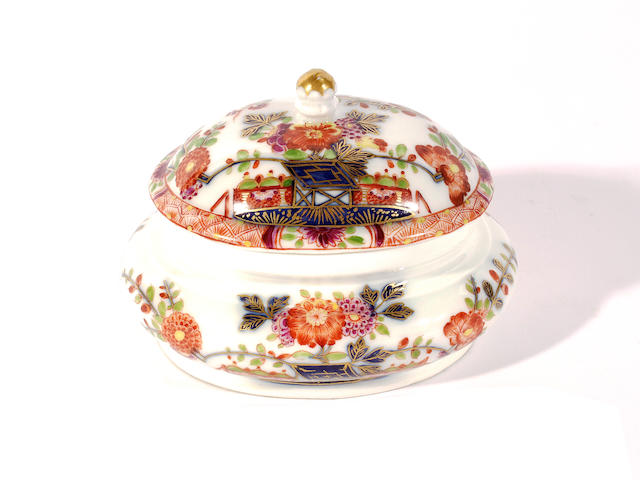 An early Meissen sugar box and cover, circa 1730-35,