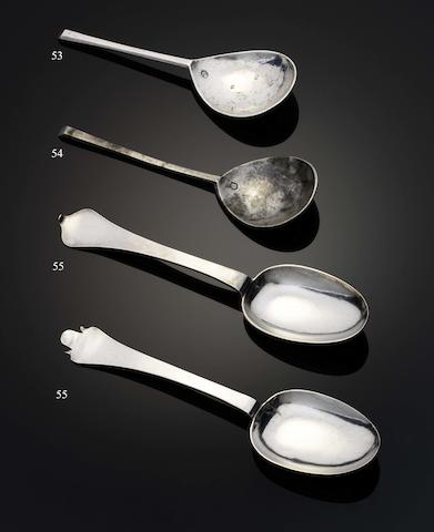 A fine Henry VIII silver slip-top spoon By William Simpson, London 1515