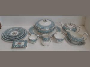 A Wedgwood Florentine pattern tea and dinner service, including a pair of tureens.